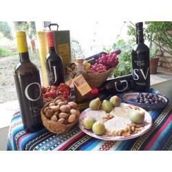 Vino y otros productos de bodega Cortijo El Cura